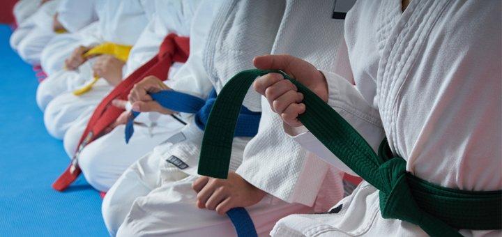 Занятия единоборствами в школе рукопашного боя Волошко Олега