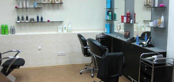 Кератирование (бразильское выравнивание) волос любой длины в салоне красоты «SheВелюр»