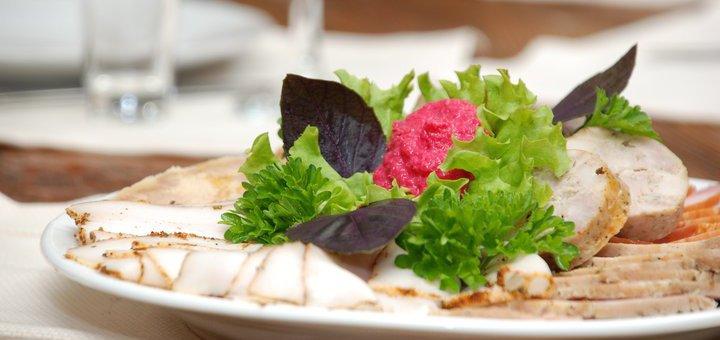 Скидка до 40% на все меню кухни и бара в пивном ресторане «Кухоль»