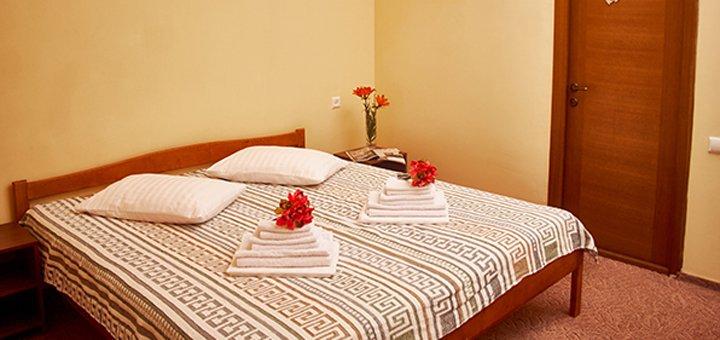 От 3 дней отдыха в мае и июне в отеле с бассейном «San Marino» в поселке Морское рядом с Коблево