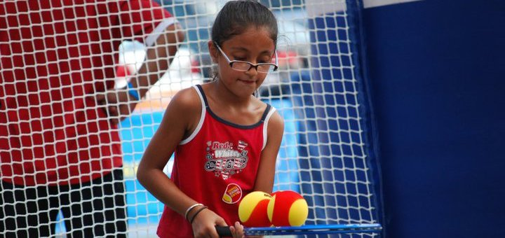 До 3 занятий большим теннисом с тренером по программе «Старттеннис» для детей