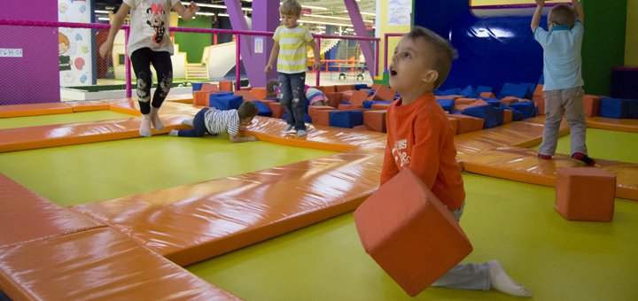 Целый день посещения в будний день детского парка развлечений «Dream Land» в Dream Town 2