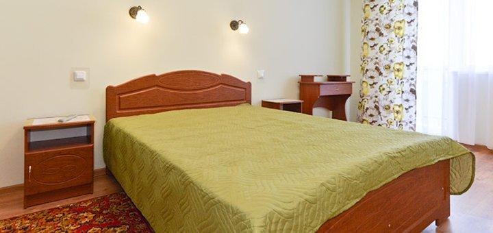 От 3 дней отдыха и оздоровления с питанием и лечением в отеле «Жасмин» в Трускавце