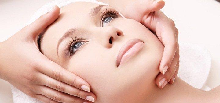 До 7 сеансов пластического массажа лица, шеи и зоны декольте в студии красоты «Flex»