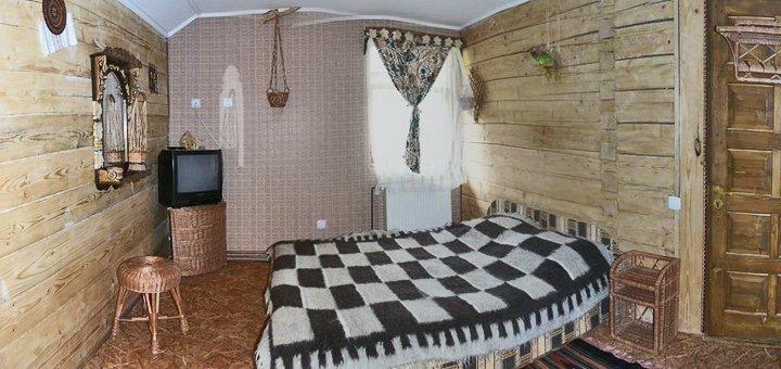 От 3 дней отдыха для компании до 6 человек в коттеджах комплекса «4 сезона» в Славском
