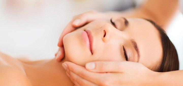 До 5 сеансов гиалуронопластики лица в косметологическом кабинете «Красотка»