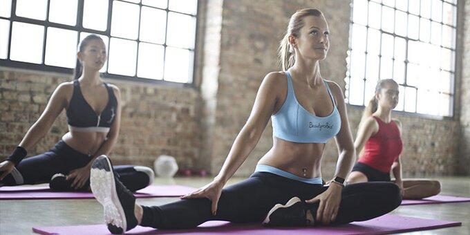 До 8 занятий йогой в студии физического развития «FitnessWell»