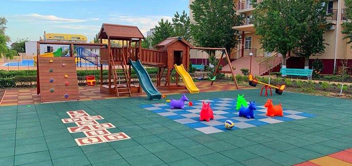 От 6 дней отдыха в июле и августе в пансионате «Nikolaev» в Коблево