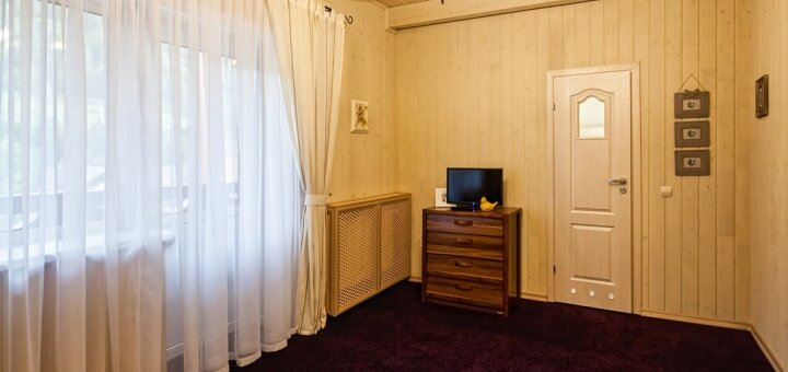 От 3 дней отдыха летом с питанием в корпусе «DeLuxe» в отеле «Ольга» в Татарове