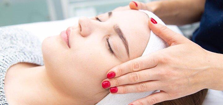 До 3 сеансов лазерного карбонового пилинга лица в центре «Face&Body»