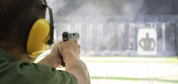 Мастер-класс по стрельбе из разрешённых видов оружия в тире нового поколения «Попадала»