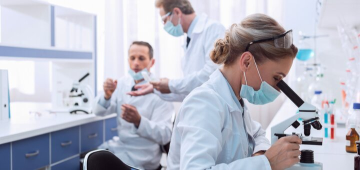 Скидка до 50% на анализы в сети медицинских лабораторий «IQLab»