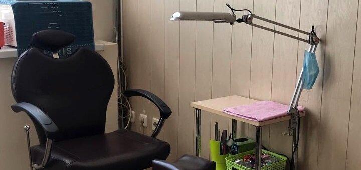 Маникюр с уникальным новогодним дизайном в салоне красоты «The Salon»